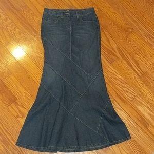BeBe Flare Jean Skirt - Size 6 (25 European size)